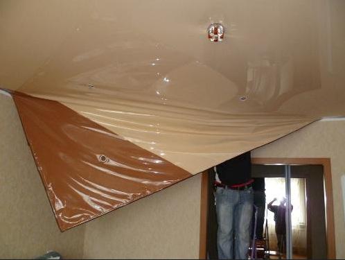Демонтаж натяжного потолка при ремонте